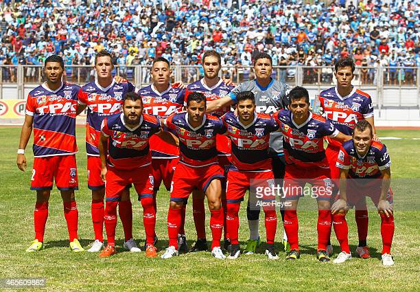 Players of San Marcos De Arica pose for a group photo during a match between San Marcos de Arica and U de Chile as part of Torneo Clausura 2015 at...