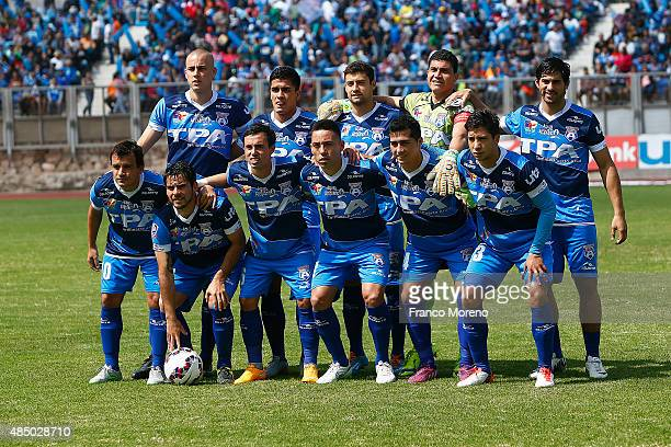Players of San Marcos de Arica pose for a group photo prior to a match between San Marcos de Arica and U de Chile as part of fourth round of Torneo...