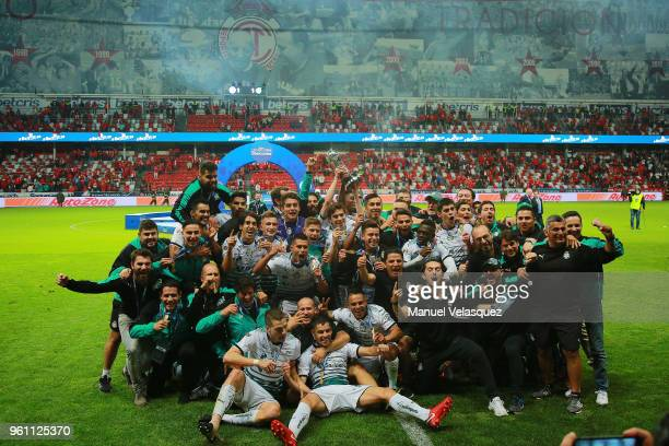 Players of Santos celebrate with the Championship Trophy after the Final second leg match between Toluca and Santos Laguna as part of the Torneo...