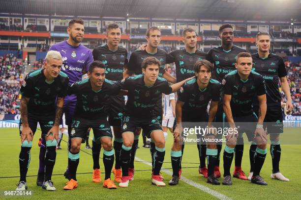 Players of Santos pose prior the 15th round match between Pachuca and Santos Laguna as part of the Torneo Clausura 2018 Liga MX at Hidalgo Stadium on...
