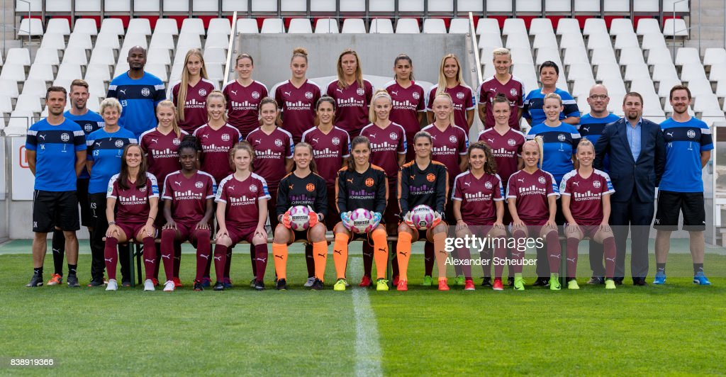 Players of SGS Essen pose for a group photo during the Allianz Frauen Bundesliga Club Tour at Stadion Essen on August 22, 2017 in Essen, Germany.