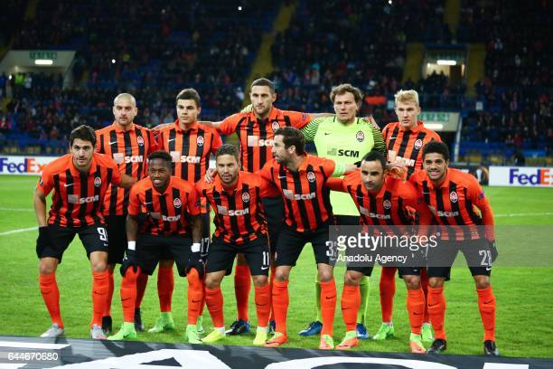 Players of Shakhtar Donetsk pose before the UEFA Europa League Round of 32 second leg match between Shakhtar Donetsk and Celta Vigo at Metalist...