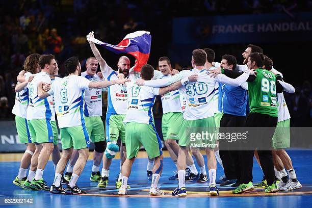 Players of Slovenia celebrate after the 25th IHF Men's World Championship 2017 Bronze Medal Game between Slovenia and Croatia at Accorhotels Arena on...