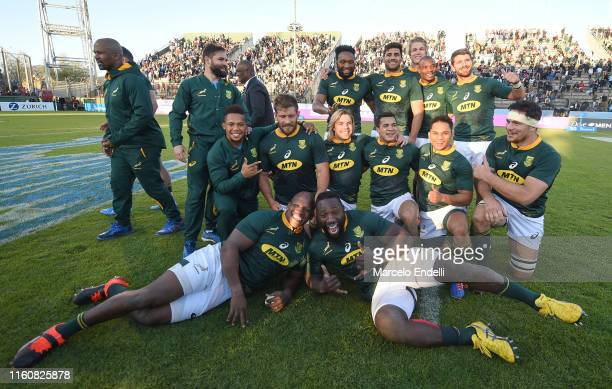 Players of South Africa celebrate after winning the Rugby Championship 2019 after a match between Argentina and South Africa as part of The Rugby...