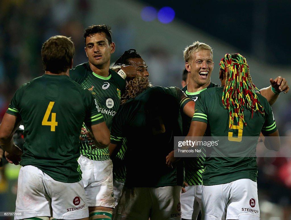 Emirates Dubai Rugby Sevens: HSBC Sevens World Series - Day Three : News Photo