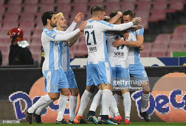 Players of SS Lazio celebrate the 01 goal scored by Stefan De Vrij during the serie A match between SSC Napoli and SS Lazio at Stadio San Paolo on...