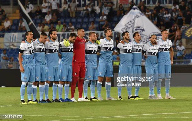 Players of SS Lazio line up during a minute of silence for the victims of Genoa's Morandi Bridge collapse prior to the serie A match between SS Lazio...