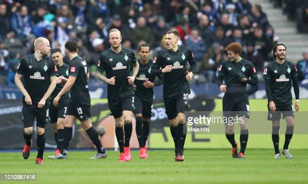 Players of SV Werder Bremen celebrate after Davy Klaassen of SV Werder Bremen scored their team's second goal during the Bundesliga match between...