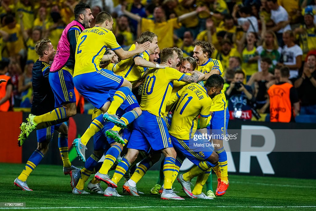 Players of Sweden celebrate their victory in UEFA U21 European Championship final match between Portugal and Sweden at Eden Stadium on June 30, 2015 in Prague, Czech Republic.
