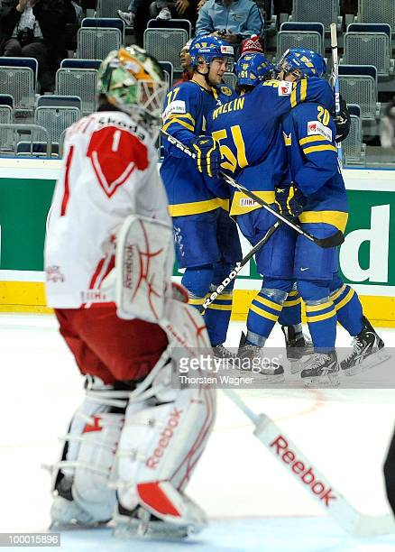 Players of Sweden celebrates after scoring the third goal during the IIHF World Championship quarter final match between Sweden and Denmark at SAP...