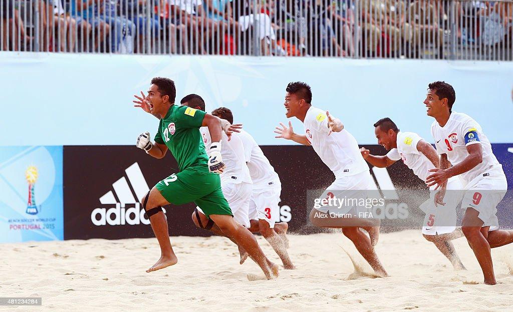 Italy v Tahiti: Semi-final - FIFA Beach Soccer World Cup : News Photo