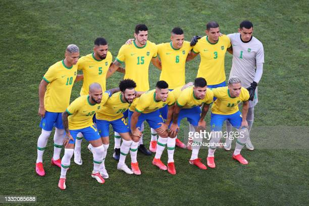 Players of Team Brazil pose for a team photograph prior to the Men's Football Semi-final match between Mexico and Brazil on day eleven of the Tokyo...