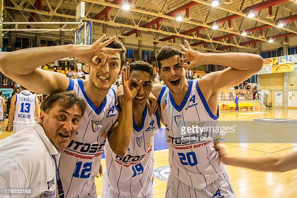 Players of the basketball team of Autosoft Scauri exult at the end of the race won against Pescara. At the end of the regular season 2012-13 the...