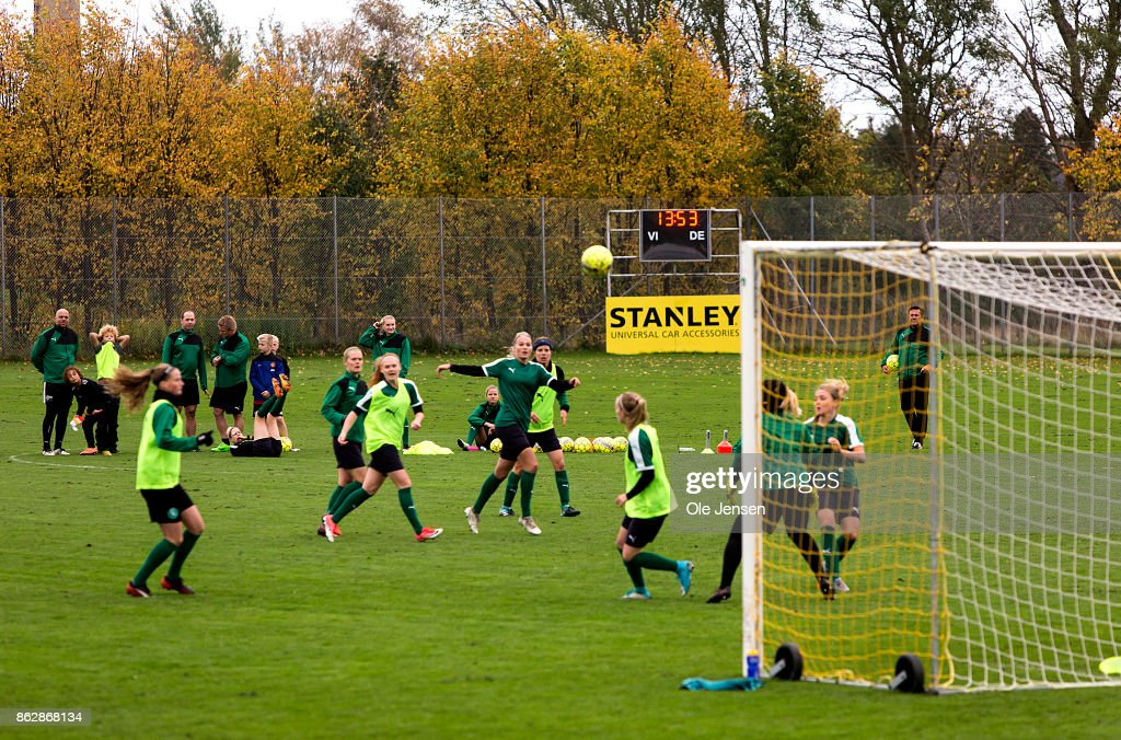 Players Of The Danish National Women S Football Team Train Prior To News Photo Getty Images