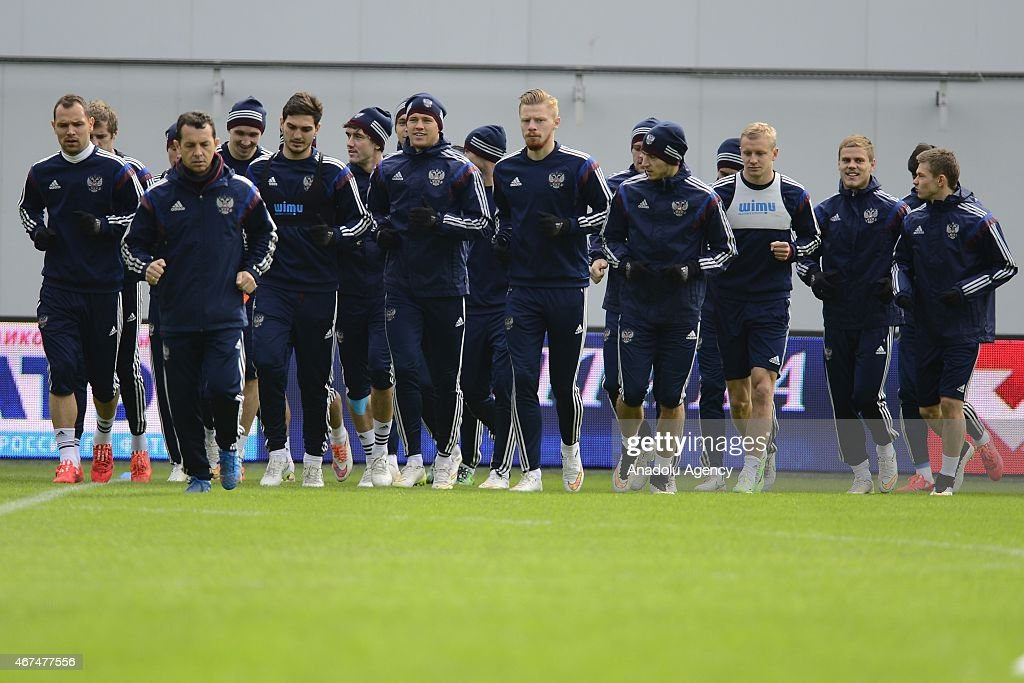 Training session of Russian national soccer team in Moscow : News Photo