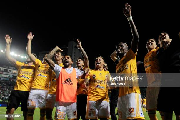 Players of Tigres celebrate the Championship during the final second leg match between Leon and Tigres UANL as part of the Torneo Clausura 2019 Liga...
