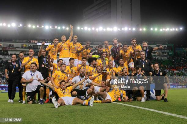 Players of Tigres celebrate with the Championship Trophy after the final second leg match between Leon and Tigres UANL as part of the Torneo Clausura...