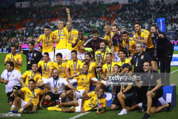 Players of Tigres celebrate with the trohpy after the final second leg match between Leon and Tigres UANL as part of the Torneo Clausura 2019 Liga MX...