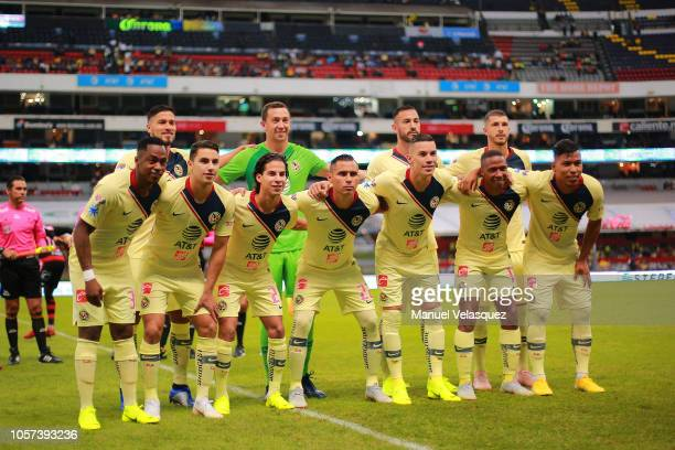 Players of Tijuana pose for the team photo during the 13th round match between America and Tijuana as part of the Torneo Apertura 2018 Liga MX at...