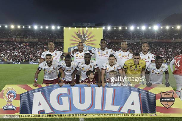 Players of Tolima pose for a team photo prior a second leg final match between Santa Fe and Deportes Tolima as part of Liga Aguila II 2016 at El...