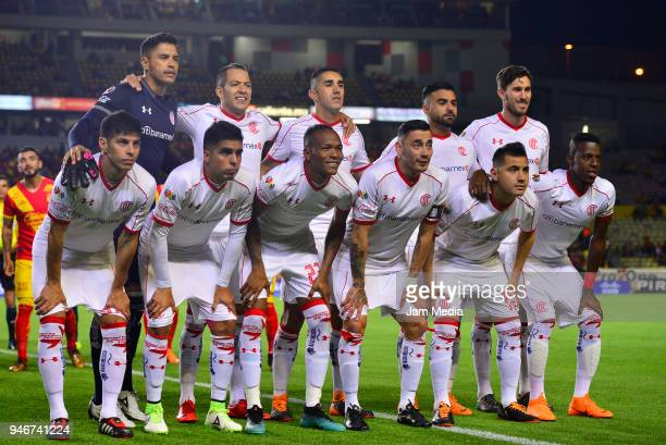 Players of Toluca pose prior the 15th round match between Morelia and Toluca as part of the Torneo Clausura 2018 Liga MX at Jose Maria Morelos...