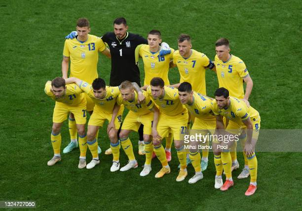 Players of Ukraine pose for a team photograph prior to the UEFA Euro 2020 Championship Group C match between Ukraine and Austria at National Arena on...