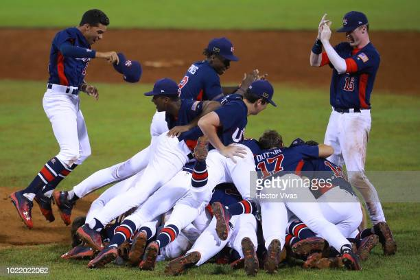 Players of United States celebrate after winning the game during the final match of WSBC U15 World Cup Super Round at Estadio Kenny Serracin on...