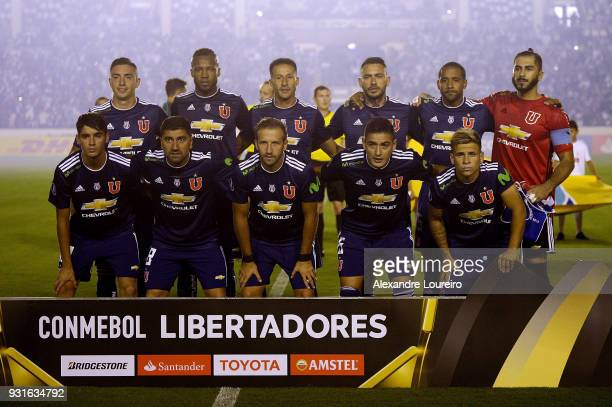 Players of Universidad de Chile pose for photographers before a Group Stage match between Vasco and Universidad de Chile as part of Copa CONMEBOL...