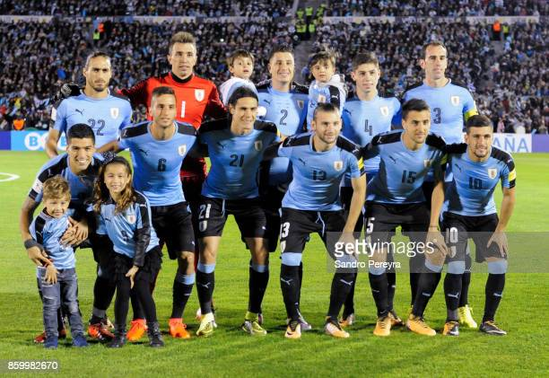 Players of Uruguay pose before a match between Uruguay and Bolivia as part of FIFA 2018 World Cup Qualifiers at Centenario Stadium on October 10 2017...