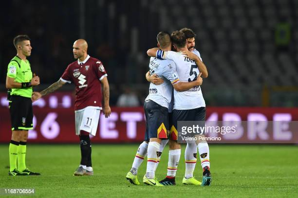 Players of US Lecce celebrate victory at the end of the Serie A match between Torino FC and US Lecce at Stadio Olimpico di Torino on September 16...