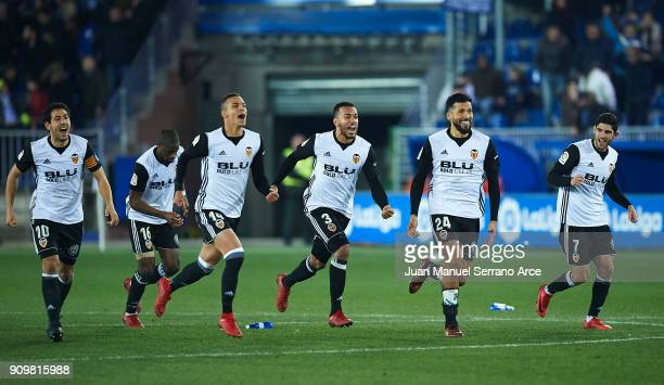 Players of Valencia CF celebrates after winning the match against Alaves after the penalti shootout during the Copa del Rey Quarter Final second Leg...