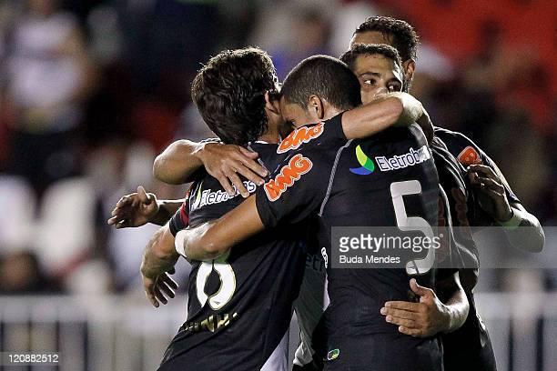 Players of Vasco celebrate scored goal aganist Palmeiras during a match as part of Copa Bridgestone Sudamericana 2011 at Sao Januario stadium on...