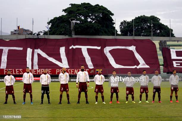 Players of Venezuela line up prior to a match between Venezuela and Uruguay as part of South American Qualifiers for Qatar 2022 at Estadio Olímpico...