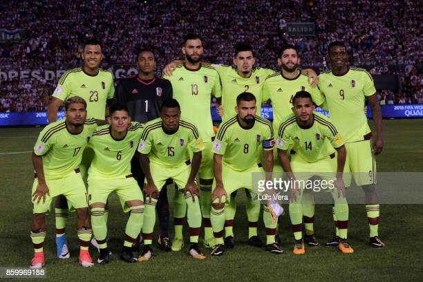 Players of Venezuela pose for a photo prior a match between Paraguay and Venezuela as part of FIFA 2018 World Cup Qualifiers at Defensores del Chaco...