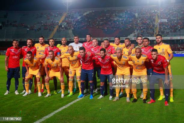 Players of Veracruz and Tigres pose together prior the 14th round match between Veracruz and Tigres UANL as part of the Torneo Apertura 2019 Liga MX...