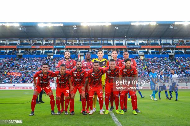 Players of Veracruz pose for a group photo prior the 14th round match between Pachuca vs Veracruz as part of the Torneo Clausura 2019 Liga MX at...