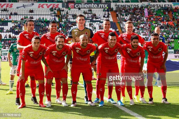 Players of Veracruz pose prior the 13th round match between Leon and Veracruz as part of the Torneo Apertura 2019 Liga MX at Leon Stadium on October...