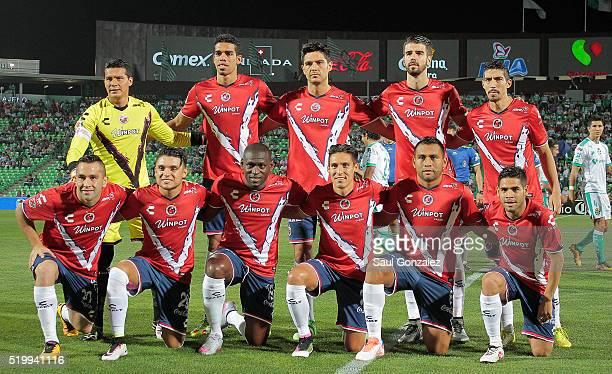 Players of Veracruz pose prior the 13th round match between Santos Laguna and Veracruz as part of the Clausura 2016 Liga MX at Corona Stadium on...