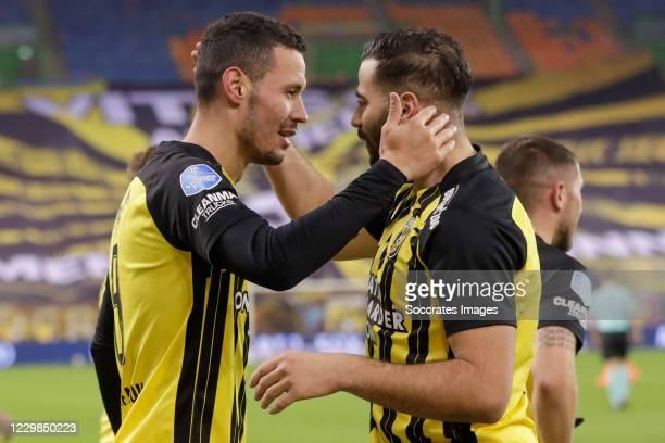 Players of Vitesse celebrate 1-0 of Oussama Darfalou of Vitesse, Oussama Tannane of Vitesse during the Dutch Eredivisie match between Vitesse v...