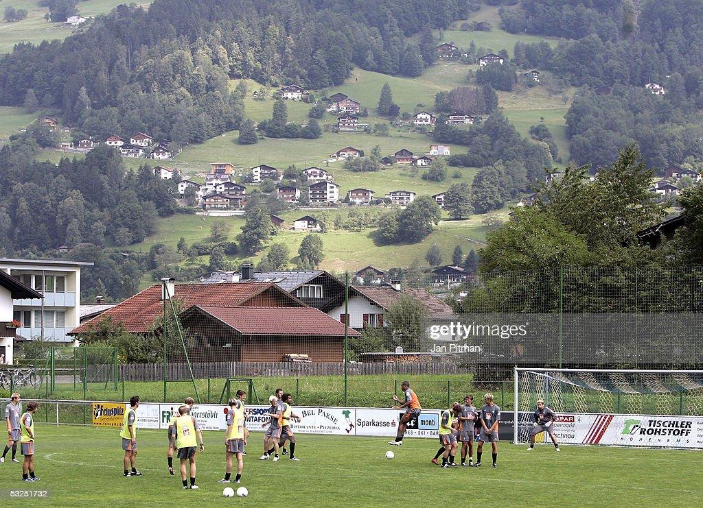 Bundesliga Werder Bremen Training Session : News Photo