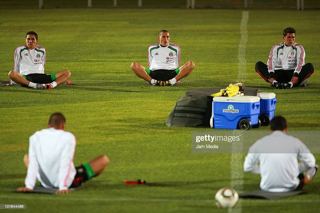 Players Paul Aguilar (L), Jorge Torres Nilo (C) and Hector Moreno (R) of Mexico during a training session at Waterstone College on June 5, 2010 in Johannesburg, South Africa.