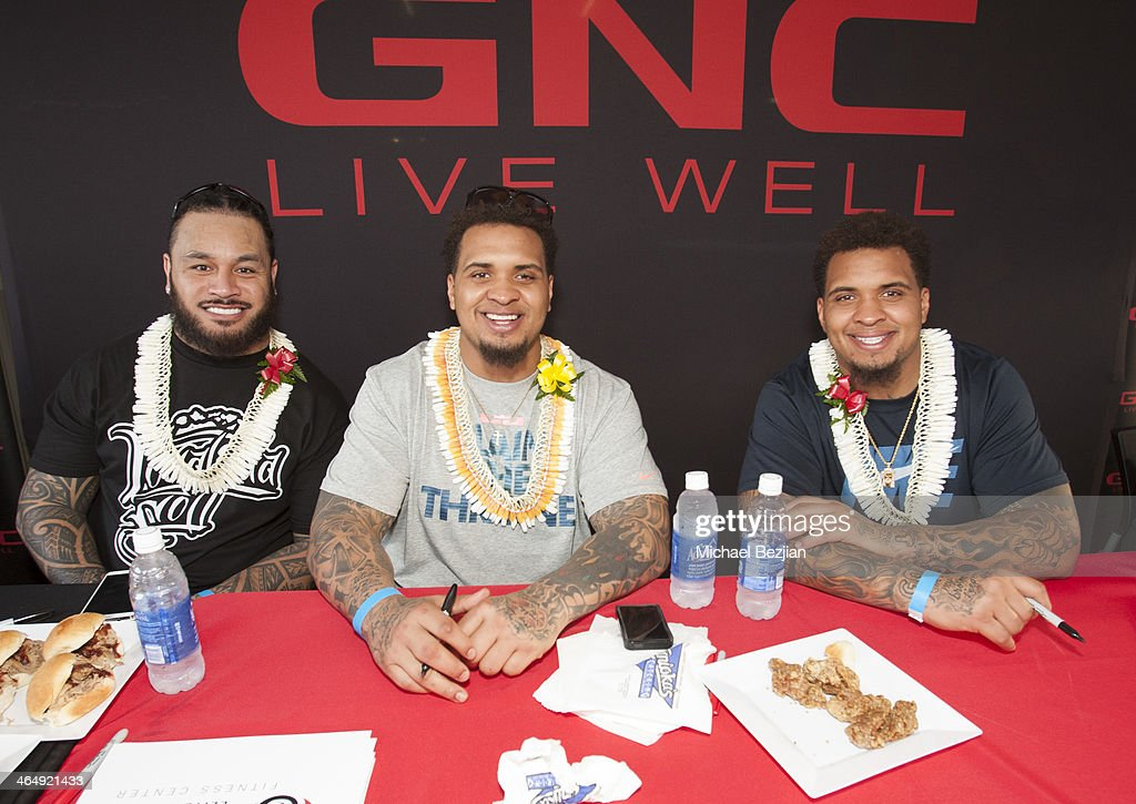 NFL players Ray Maualuga, Maurkice Pouncey, and Mike Pouncey at the Pacific Elite Sports Fitness Center Grand Opening on January 24, 2014 in Kaneohe, Hawaii.