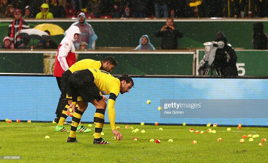 VfB Stuttgart v Borussia Dortmund  - DFB Cup : News Photo