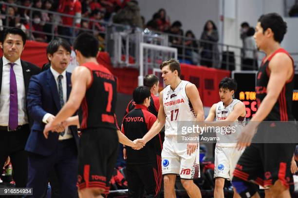 Players shake hands after the BLeague match between Alverk Tokyo and Kawasaki Brave Thunders at the Arena Tachikawa Tachihi on February 10 2018 in...