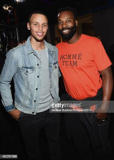 NBA players Stephen Curry and Baron Davis attends Nickelodeon Kids' Choice Sports Awards 2014 at UCLA's Pauley Pavilion on July 17 2014 in Los...