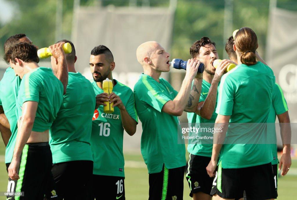 Australian Socceroos Training Session : Nachrichtenfoto