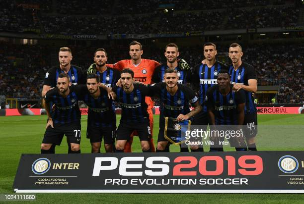 Playess of FC Internazionale line up prior to the during the serie A match between FC Internazionale and Torino FC at Stadio Giuseppe Meazza on...