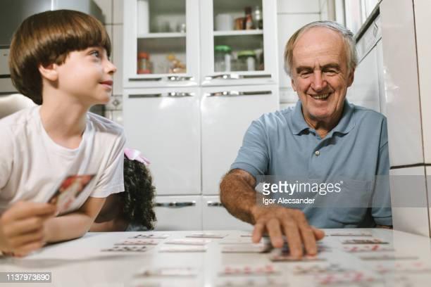 cartões de jogo com neto - memórias - fotografias e filmes do acervo