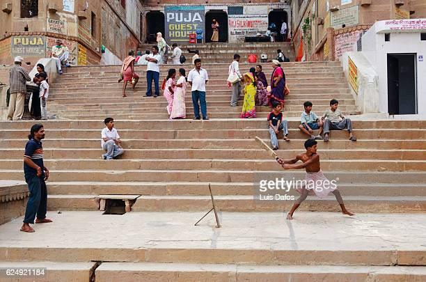 Playing cricket, Varanasi