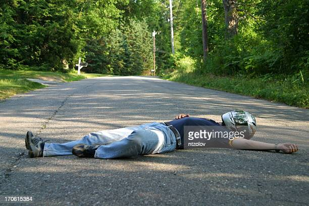 playing dead - dead bodies in car accident photos stock pictures, royalty-free photos & images